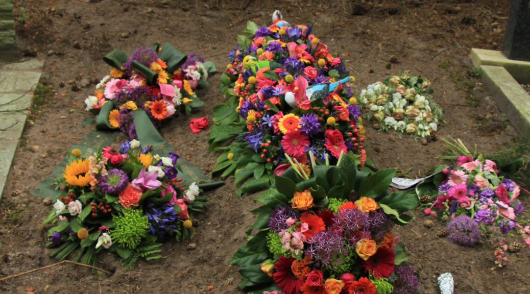 Wiccan funeral rituals exist to help the living cope with their losses.
